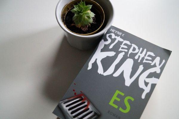 """Stephen King """"Es"""""""