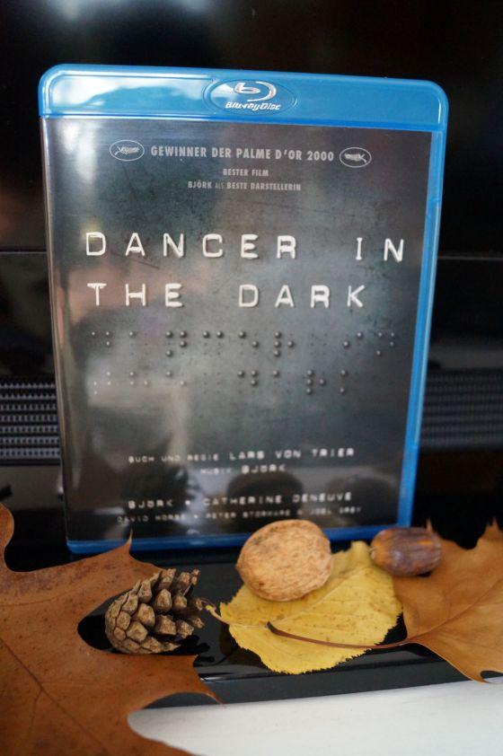 Dancer in the Dark - Cover