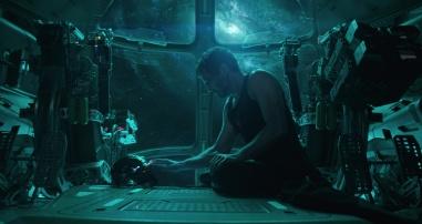 Iron Man spricht mit Pepper