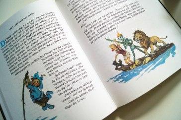 Der Scheuch, Elli, der Eisenmann, der Löwe und Totoschka